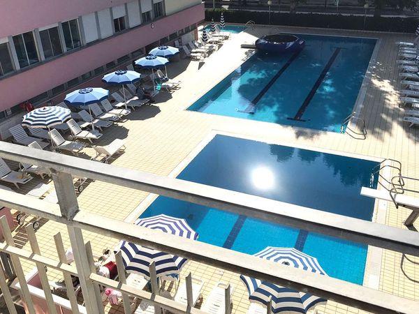 Hotel Alba D'Oro - Piscina