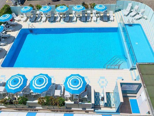 Hotel Giuliana - Piscina