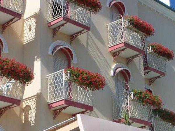 Hotel Imperiale - Balconi Fioriti