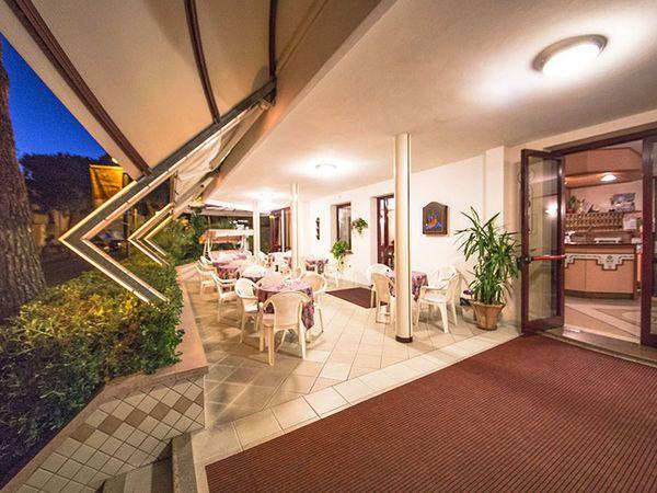 Hotel Rosa - Esterno