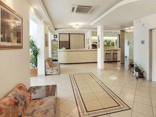 Hotel Serena - Reception