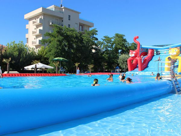 Hotel Sant'Andrea - Piscina