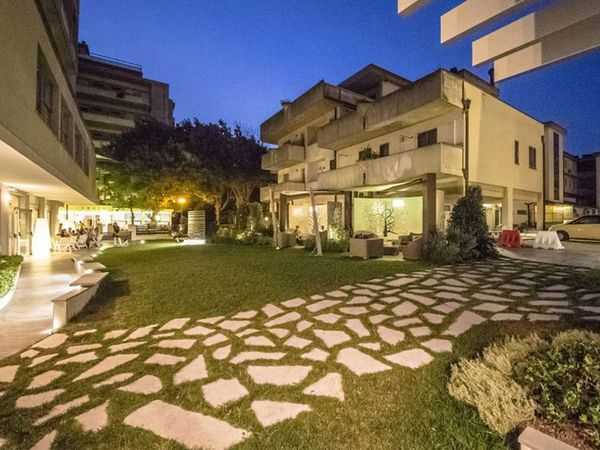 Hotel Ras - Giardino